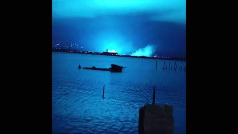 Archive 2 US: Power Plant Explosion Turns Sky into Blue in