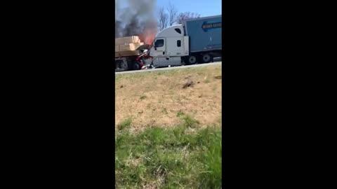 Vehicular+accident - Spectee